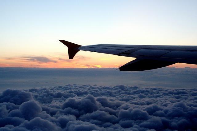 aircraft wing photo
